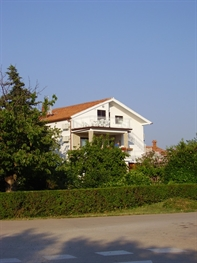 Apartments Crnkovi�