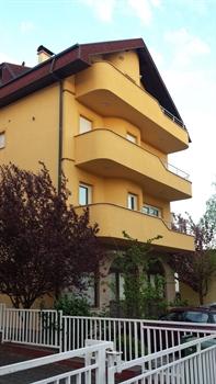 Apartments Vila Rebar