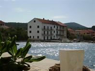 Apartments Beni�