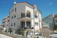 Apartamenty Alvir