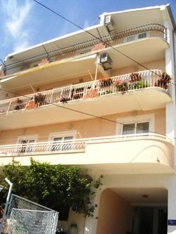 Apartmani Leo Marin