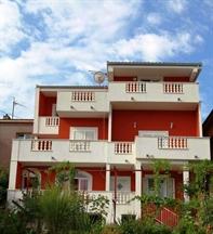 Apartmaji Villa Petra