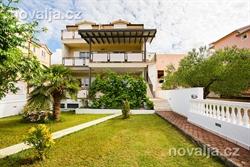 Apartamenty Leana