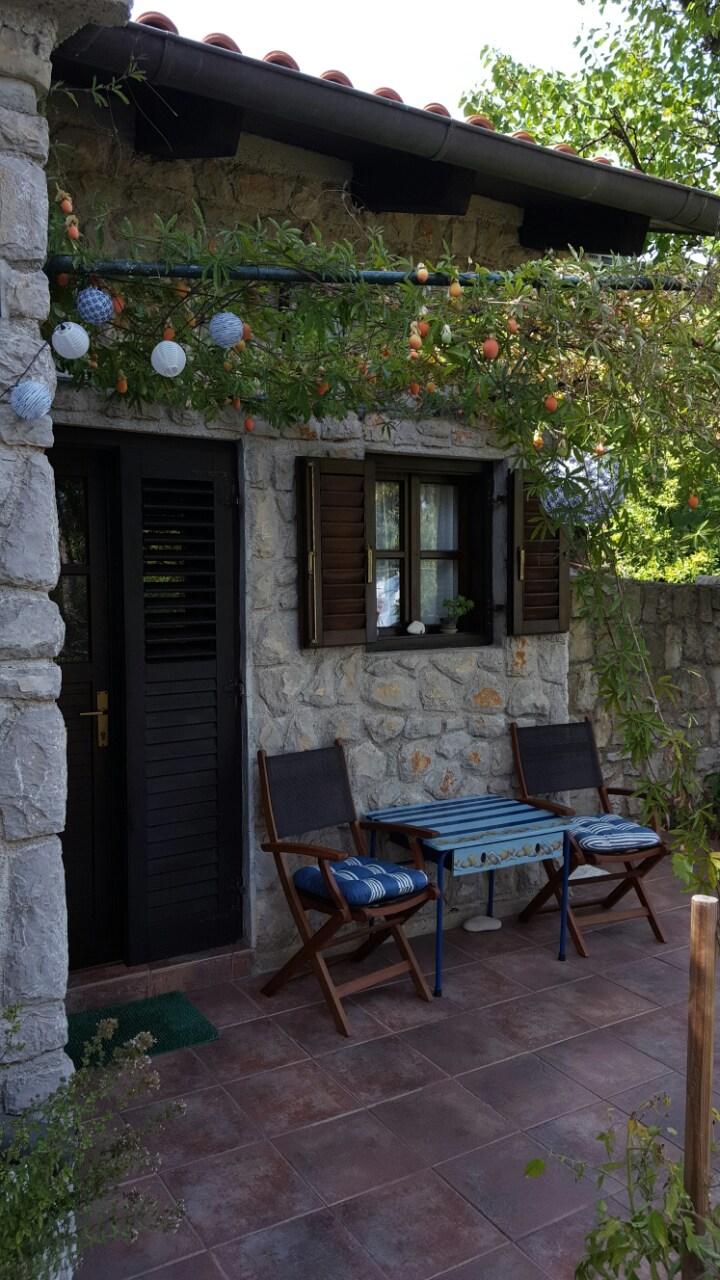 Apartments Nives Garden House, Lošinj - Nerezine - Kvarner ...